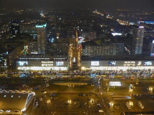 widok z Palacu Kultury na ul Marszalkowska #noc