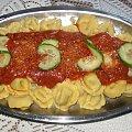Ravioli z sosem neapolitańskim #DrugieDania #obiad #jedzenie #kulinaria #pierogi #mięso #ravioli #SosNeapolitański