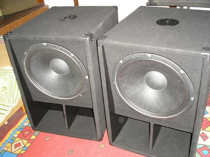 P&W-Project 2x Bass ala Fame X-58 Sub
