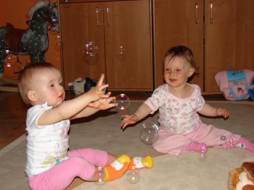 Bańki mydlane #dziecko #dzieci #Marysia