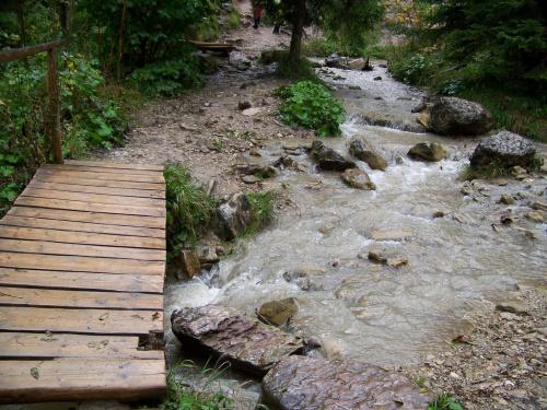 #most #mostek #strumyk #rzeczka #skały #woda