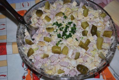 Sałatka tortellini